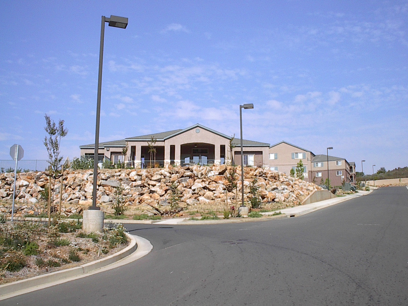 cc-clubhouse-from-driveway-2